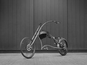 复古设计的哈雷电单车