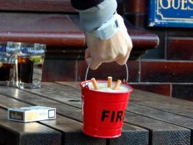 消防小红桶烟灰缸