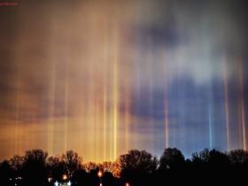 自然光柱 形式外星人光临